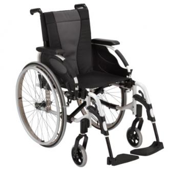 Кресло-коляска с ручным приводом Invacare Action 3ng в
