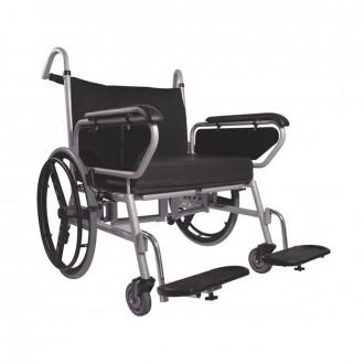 Кресло-коляска с ручным приводом Titan Minimaxx LY-250-1203 в
