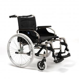 Кресло-коляска с ручным приводом Vermeiren V100 XL в