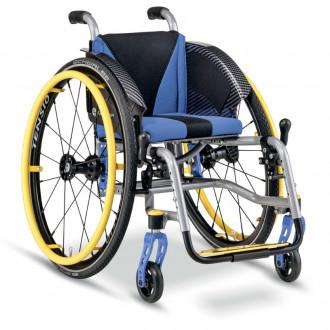 Детское кресло-коляска активного типа Berollka Filou в