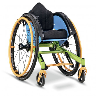 Детское кресло-коляска активного типа Berollka Kayou в