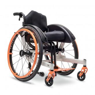 Детское кресло-коляска активного типа Berollka Yuki в