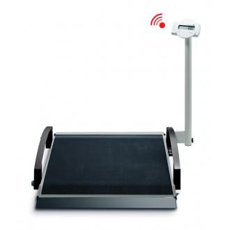 Весы медицинские специальные для взвешивания пациентов в инвалидном кресле seca 664 в