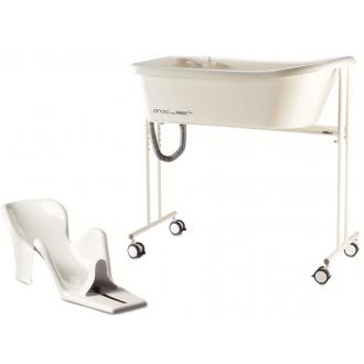 Кресло-стул с санитарным оснащением R82 Orca (Орка) и Penguin (Пингвин) в